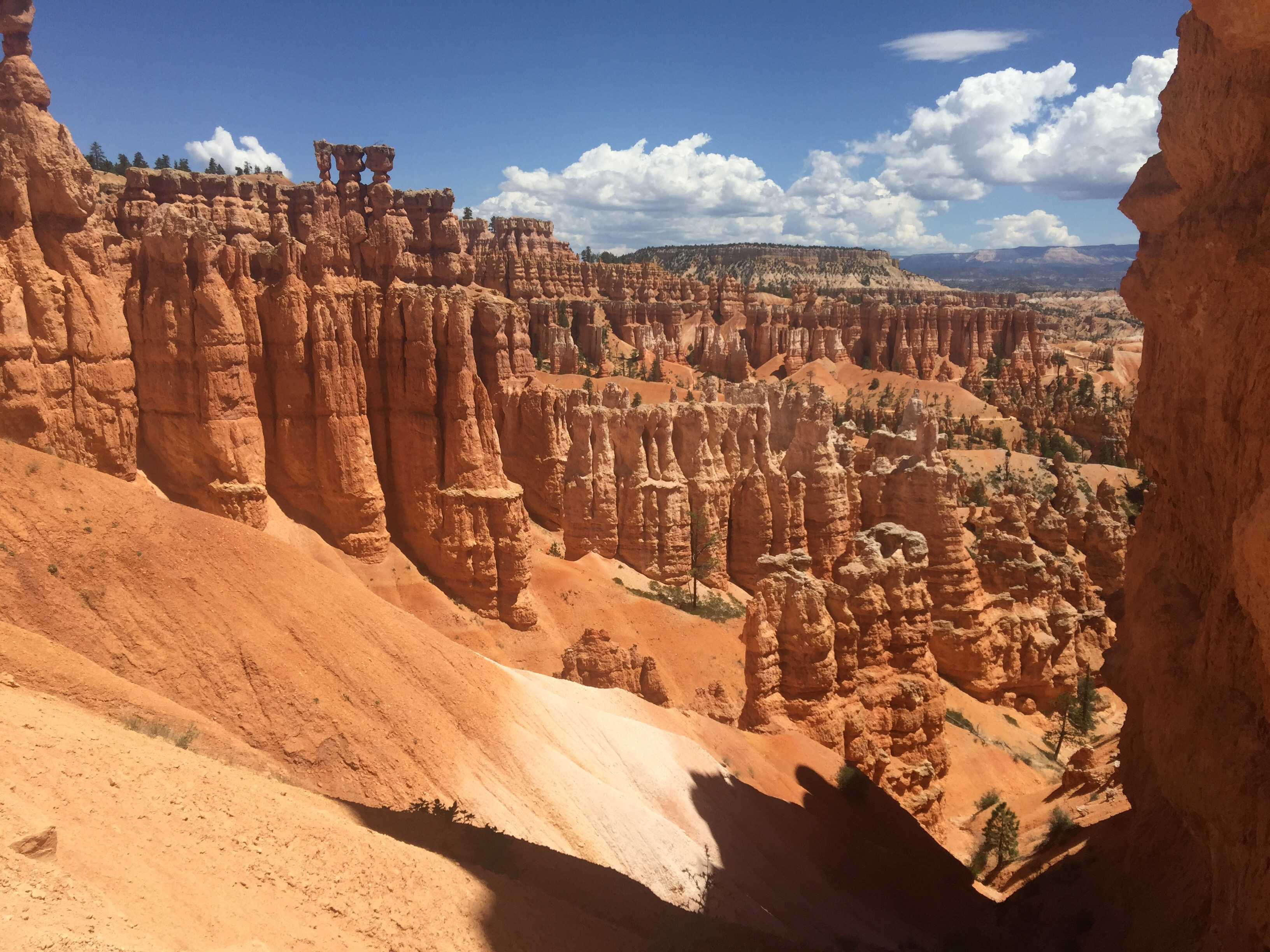 TheMouse sur YouTube: TheMouse au Farwest #11 Tropic – Bryce canyon – Queen garden Trail – Navajo loop