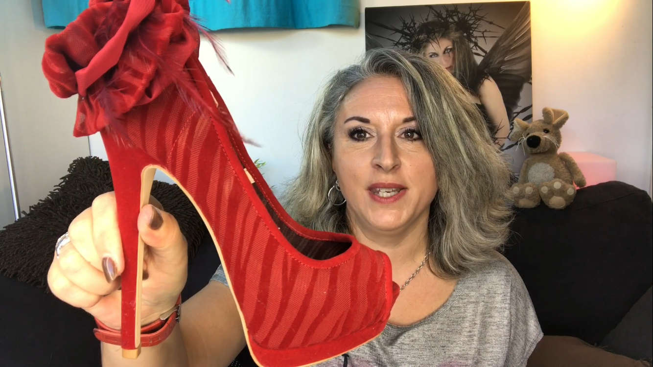 Astuces pour choisir vos talons aiguilles!!!… et mon shoesroom!