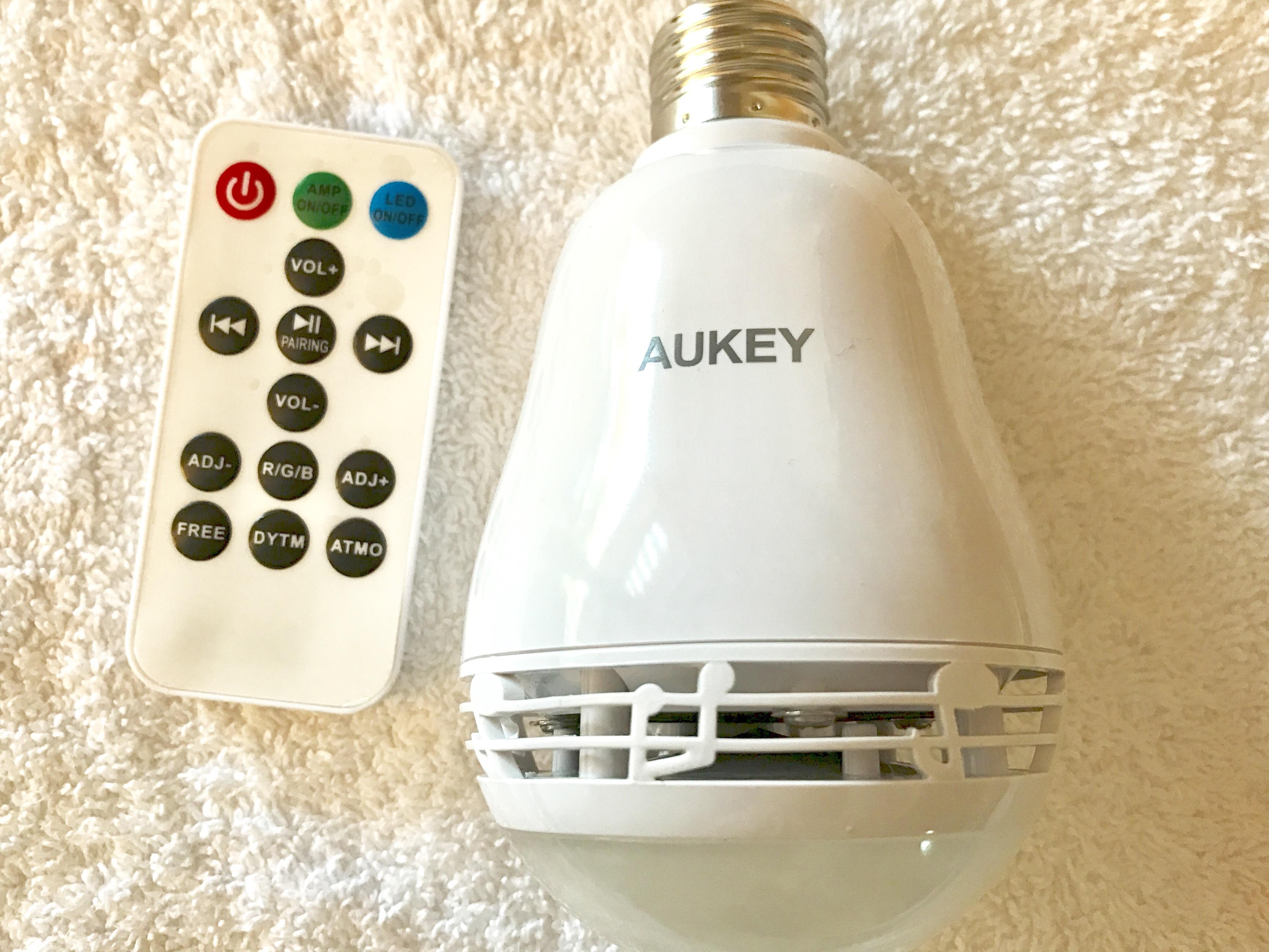 L'ampoule connectée et musicale AUKEY