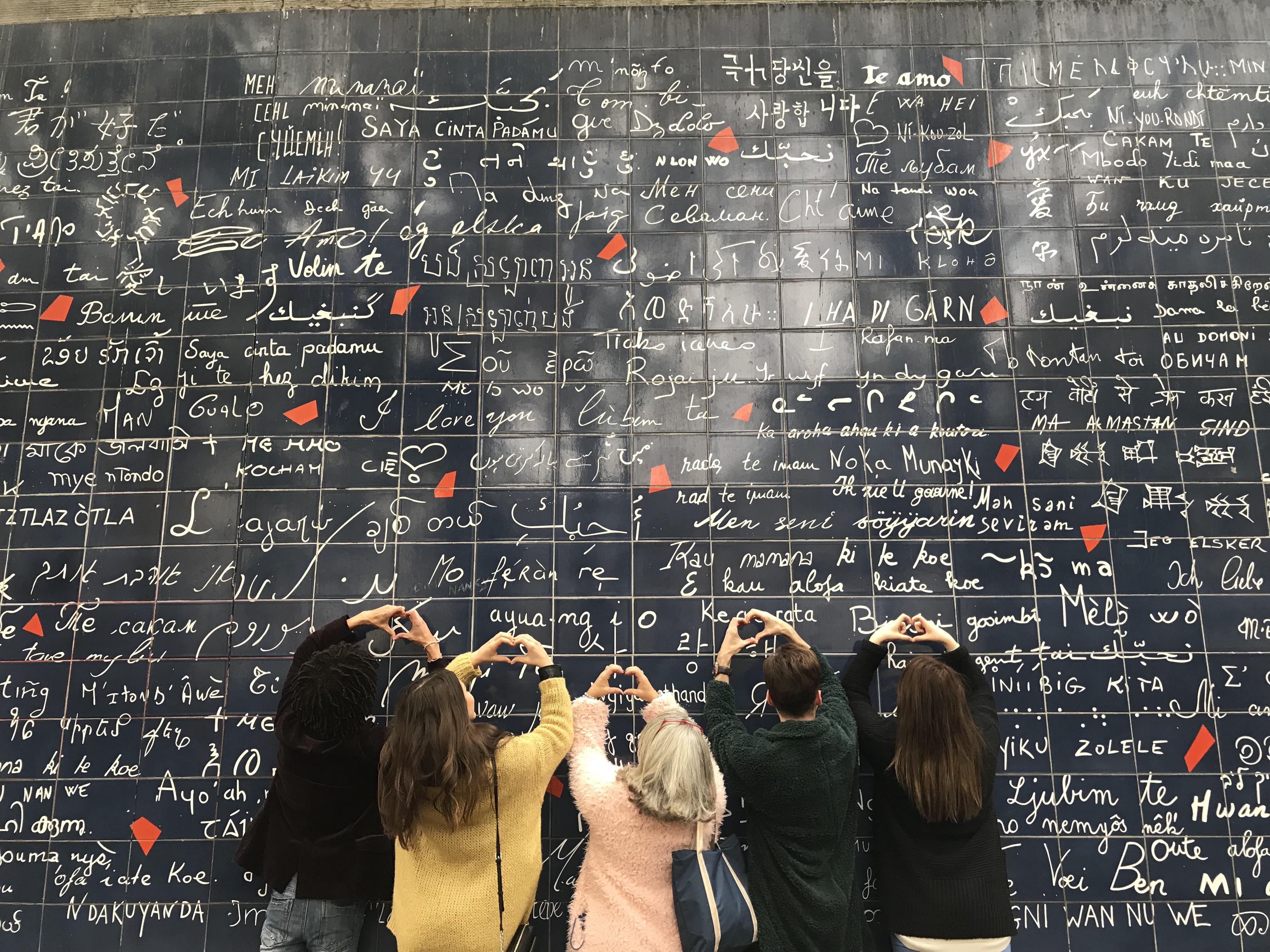 Mur des «je t'aime»… Lundi Soleil 20/11/2017